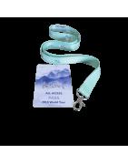 Accesorios porta tarjeta: cinta, yoyo, clip